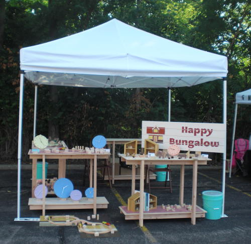 Happy Bungalows first show booth